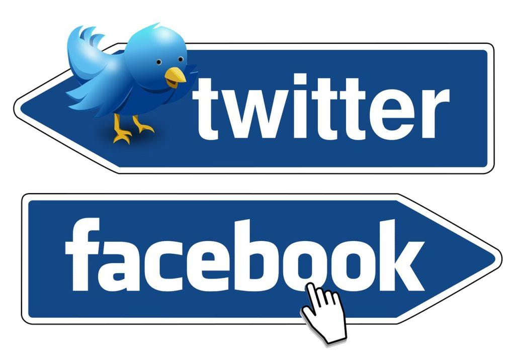 présence sur les réseaux sociaux (Twitter et Facebook)